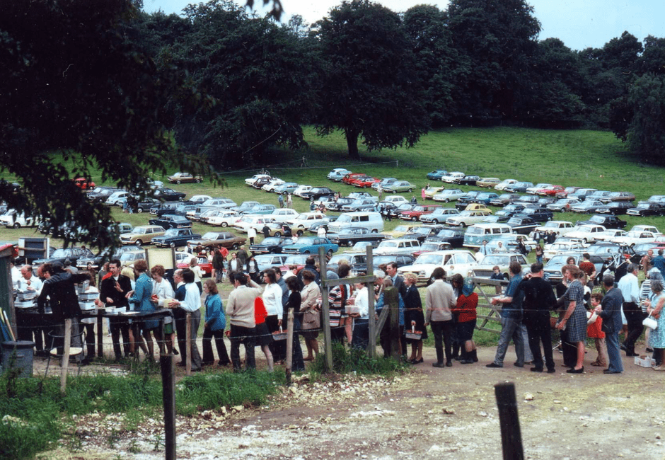 The queues and the cars at our Pick-Your-Own in 1975
